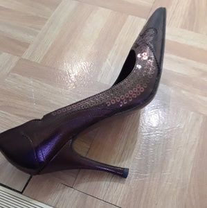 Brown leather NWOT Type Z  pumps